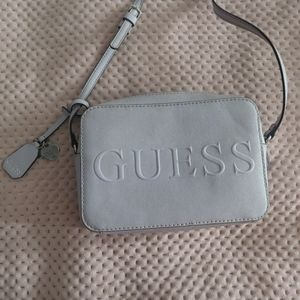 guess crossbody bags